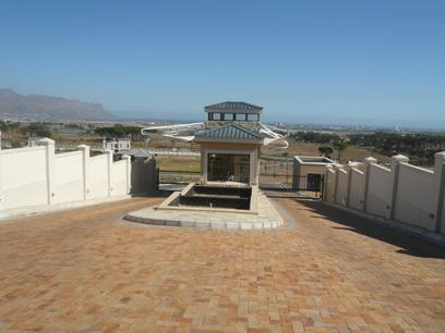 Land for Sale For Sale in Somerset West - Private Sale - MR67342