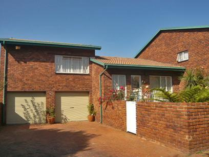 3 Bedroom Cluster for Sale For Sale in Alberton - Home Sell - MR67348