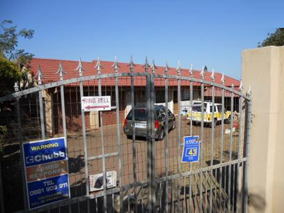 Standard Bank Repossessed 4 Bedroom House for Sale For Sale in Kingsburgh - MR67455