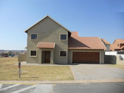 Standard Bank Mandated 3 Bedroom House for Sale on online auction in Kosmosdal - MR67506