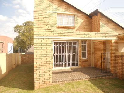 Standard Bank Repossessed 1 Bedroom Simplex for Sale For Sale in Olivedale - MR68448