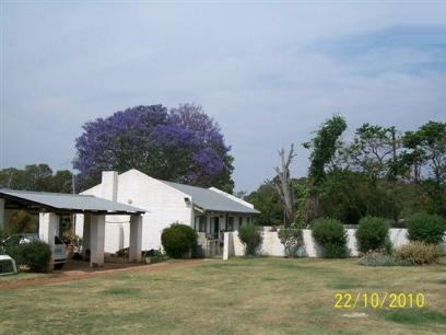 Standard Bank Repossessed House for Sale For Sale in Magaliesburg - MR68469