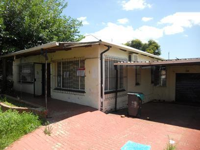 Standard Bank Repossessed 3 Bedroom House on online auction in South Hills - MR72500