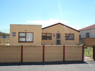3 Bedroom House For Sale in Parrow Valley - Private Sale - MR73451