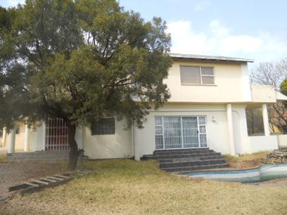 Standard Bank EasySell 5 Bedroom House for Sale For Sale in Meadowhurst - MR73500