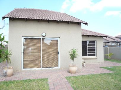 3 Bedroom Duplex for Sale For Sale in Celtisdal - Home Sell - MR74349