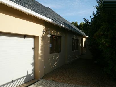 Standard Bank Repossessed 3 Bedroom House for Sale For Sale in Hermanus - MR74459