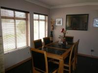 Dining Room - 14 square meters of property in West Beach