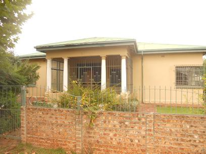 Standard Bank Repossessed 3 Bedroom House for Sale For Sale in Brakpan - MR75453