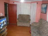 Lounges - 16 square meters of property in Thornton