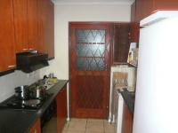 Kitchen - 7 square meters of property in Thornton