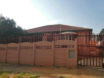 3 Bedroom House for Sale For Sale in Turffontein - Home Sell - MR76348