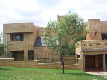Standard Bank Repossessed House for Sale For Sale in Glenvista - MR76453