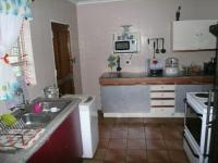 Kitchen - 16 square meters of property in Birchleigh North