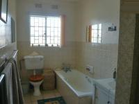 Bathroom 1 - 2 square meters of property in Discovery