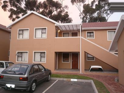 2 Bedroom Simplex For Sale in Protea Hoogte - Private Sale - MR78343