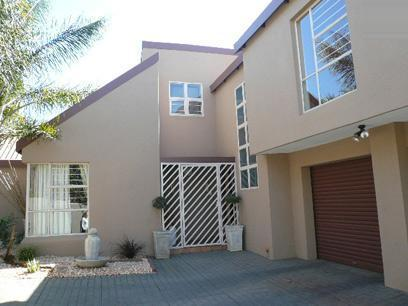 3 Bedroom Duet for Sale For Sale in Moreletapark - Private Sale - MR78502