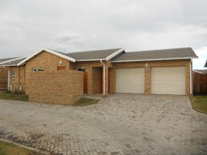 Standard Bank Repossessed 3 Bedroom Simplex for Sale For Sale in Port Elizabeth Central - MR79461