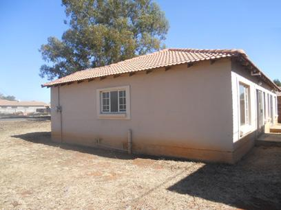 Standard Bank Repossessed 2 Bedroom House for Sale on online auction in Springs - MR80454