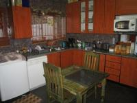 Kitchen - 16 square meters of property in Theresapark