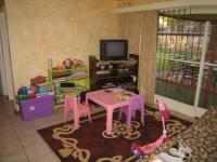 TV Room - 12 square meters of property in Theresapark