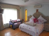 Main Bedroom - 23 square meters of property in Berea West