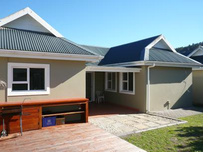 Standard Bank Repossessed 2 Bedroom House for Sale For Sale in Sedgefield - MR81469
