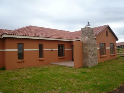 3 Bedroom House For Sale in Silver Lakes Golf Estate - Home Sell - MR82345