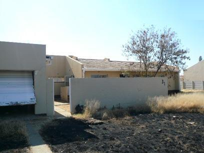Standard Bank Repossessed 3 Bedroom Simplex for Sale For Sale in Welkom - MR82455