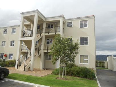 Standard Bank Repossessed 2 Bedroom Apartment For Sale in Somerset West - MR82469