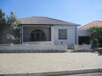 3 Bedroom 1 Bathroom in La Rochelle - JHB
