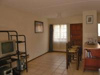 Lounges - 10 square meters of property in Midrand