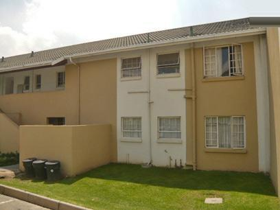 2 Bedroom Simplex for Sale For Sale in Lyndhurst - Home Sell - MR85327