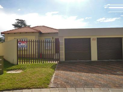2 Bedroom Simplex for Sale For Sale in Kempton Park - Home Sell - MR87346