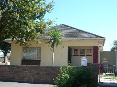 Standard Bank Repossessed House For Sale in Parrow Valley - MR87452