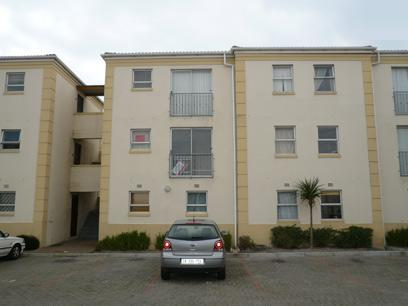 Standard Bank Repossessed 2 Bedroom Apartment on online auction in Lansdowne - MR89459