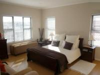 Main Bedroom - 24 square meters of property in Parklands