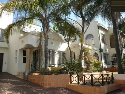 Standard Bank Repossessed 5 Bedroom House for Sale For Sale in Waterkloof Glen - MR91456