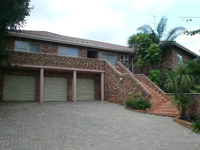 Standard Bank Repossessed 7 Bedroom House for Sale For Sale in Faerie Glen - MR91459