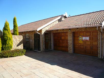 Standard Bank Repossessed 3 Bedroom House for Sale For Sale in The Reeds - MR92453