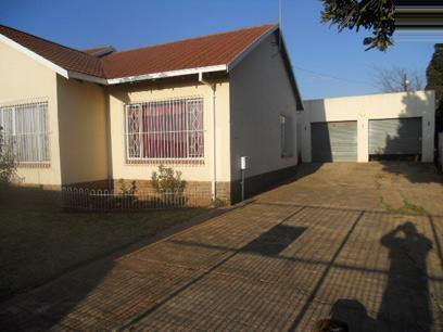 3 Bedroom House for Sale and to Rent For Sale in Witpoortjie - Private Sale - MR92462