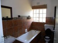 Bathroom 1 - 6 square meters of property in Amanzimtoti
