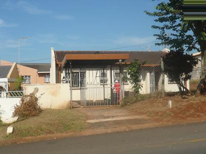 Standard Bank Repossessed 3 Bedroom House For Sale in Lotus Park - MR93464