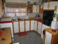Kitchen of property in Chantelle