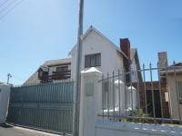 6 Bedroom 3 Bathroom House for Sale for sale in Athlone - CPT