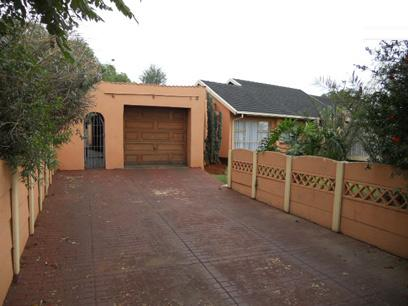 Standard Bank Repossessed 3 Bedroom House for Sale For Sale in Roodekop - MR95526