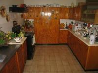 Kitchen - 14 square meters of property in Wierdapark