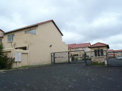 Standard Bank Repossessed 2 Bedroom House for Sale on online auction in Vorna Valley - MR96450