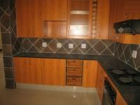 Kitchen - 16 square meters of property in Savannah Country Estate