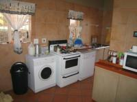 Kitchen - 15 square meters of property in Rietfontein